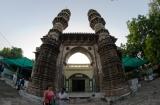 ahmedabad_temple_jain_et_shaking_minaret-9c