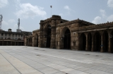 ahmedabad_mosquee_tombeaux_marche-1