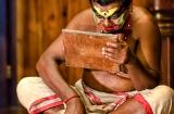 kochi_kathakali_maquillage_debut-2b