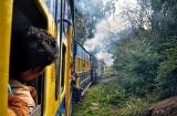 ooty_dans_le_train-2d