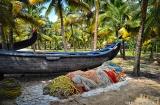 alleppey_marari_beach_bateaux-4