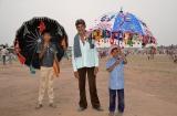 tarnetar_parapluies_et_beaux_costumes-2